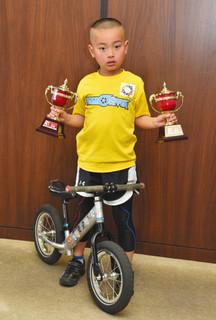 ランバイクの5歳クラスで優勝した橋本青空.jpg