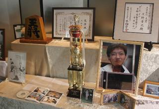 元奨励会三段・天野さんの告別式に150人.jpg