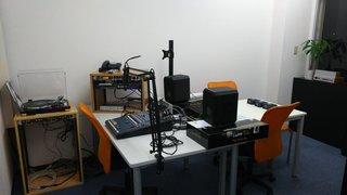 八王子FMのスタジオ.jpg