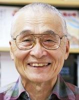 小説「大久保長安 家康を創った男!」を出版した山岩淳さん.jpg