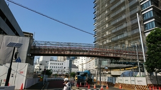 歩道橋接続工事2.JPG