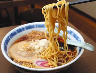 都心に進出した味幸の「八王子ラーメン」=東京・四谷で.jpg